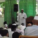 L'imam Mustafa fait son khutbah